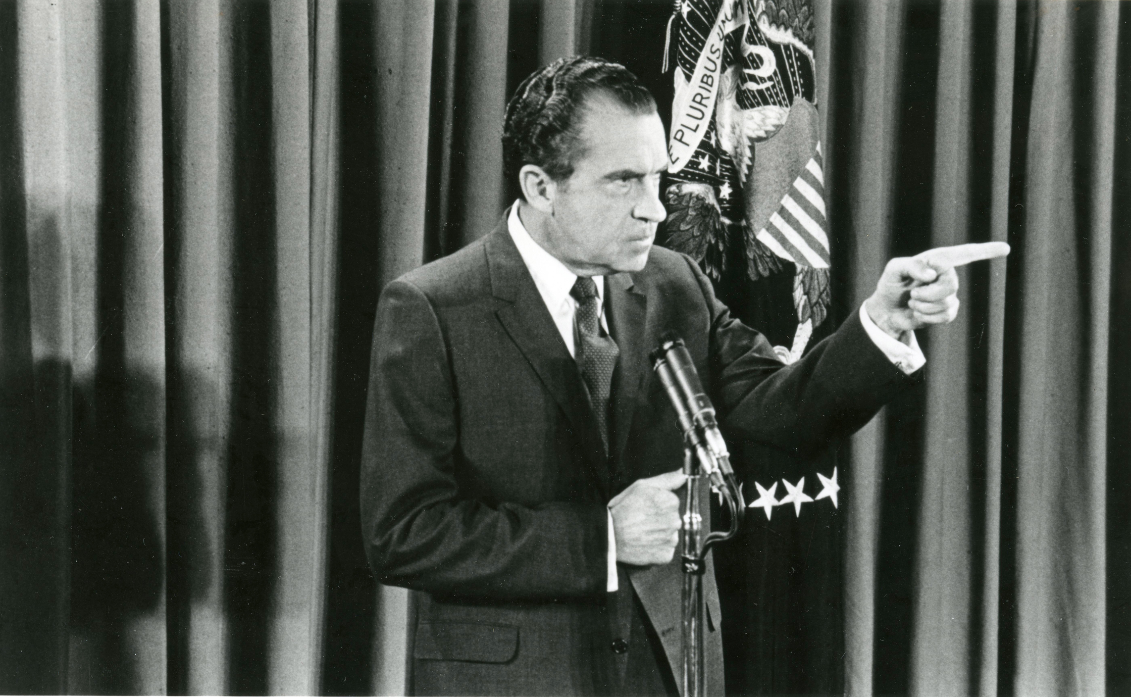 a look at richard nixon and the notion of presidential power Oval team president richard nixon with national-security adviser nixon: but the point is, look at even entertained the notion of threatening to use.