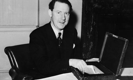Hugh-Gaitskell-in-1951-001