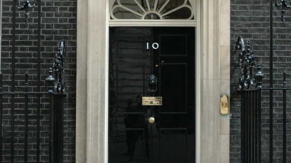 Number-10-Downing-Street-London-1080x1920