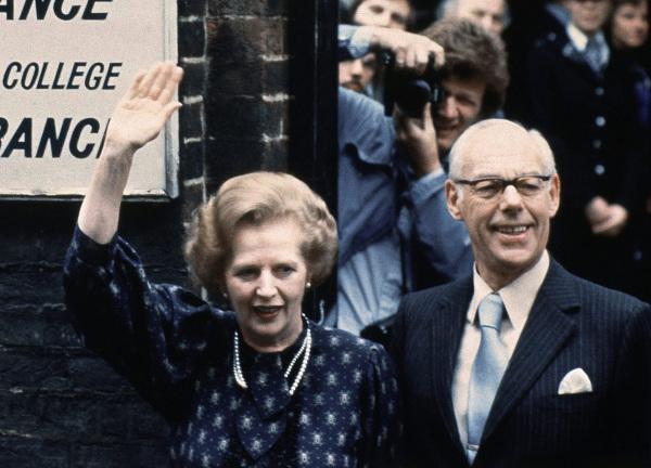 Margaret Thatcher, Dennis Thatcher