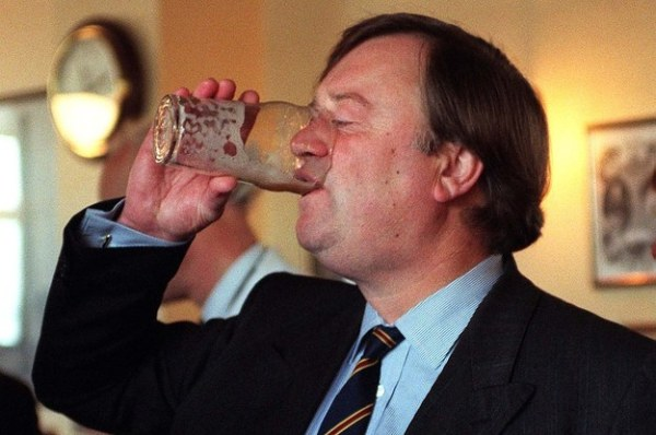 17-pictures-of-ken-clarke-not-giving-a-damn-2-17007-1405356824-8_dblbig